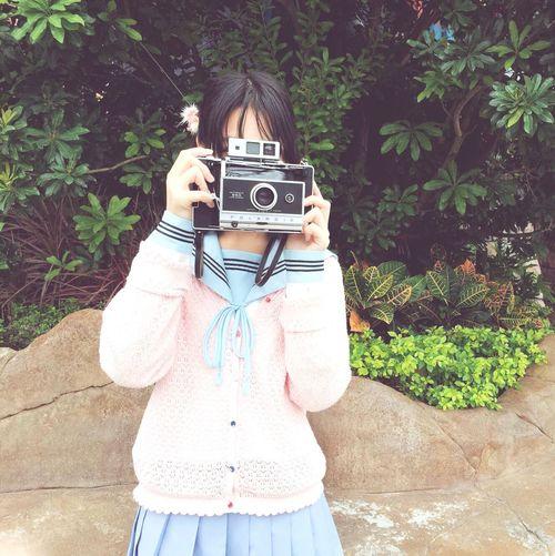 水手服 Taking Photos