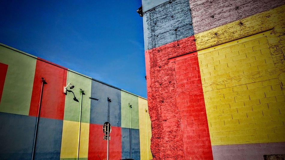 Lyon Confluence Colorful Walls Blue Sky Sun Streetphotography Newtalent Coloroflife