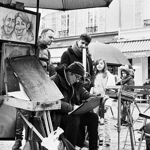 Paris Instaparis Montmatre Streetpainter Imagine Curiosity Lonelyplanet Pf_street Pf_bnw