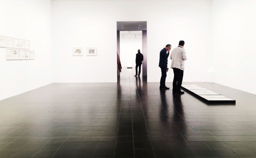 Museum View . From My Point Of View Peoplephotography People Watching Gallery The Architect - 2016 EyeEm Awards Modern Minimalobsession Negative Space Light And Shadow Creative Light And Shadow Reflection Reflection_collection From Where I Stand Museum Shadows & Lights Light Up Your Life Modern Art Interior White People Photography People And Places Creative Space Capture Tomorrow