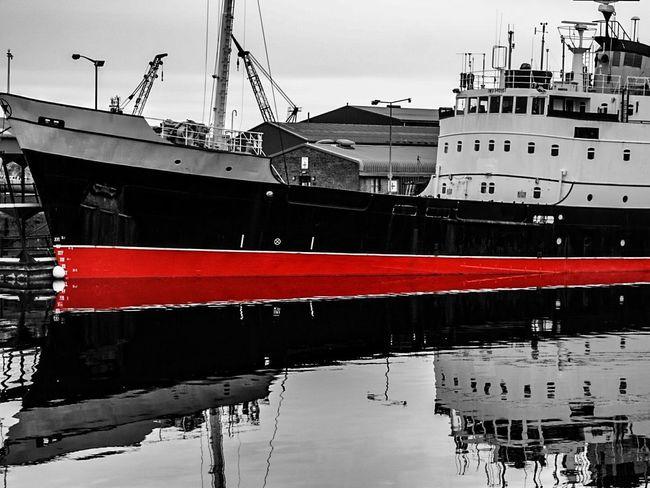 Red on black Showcase : January