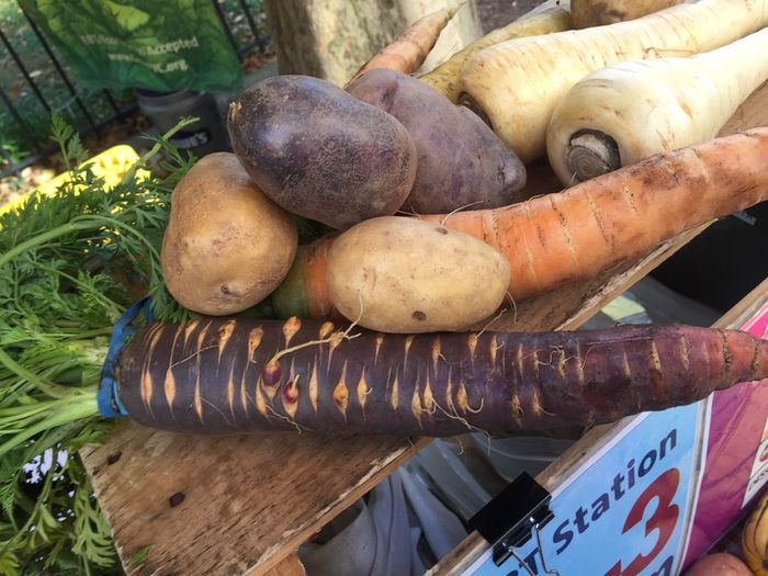 Root vegetables Vegetable Freshness Food Carrots purple Healthy Eating yellow No People multi color Organic Marketplace Color Purple Freshness Organic Food For Sale Close-up Root Vegetable Orange Color