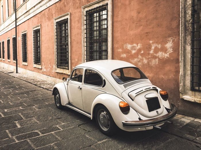 Historic Italian Style Tuscany Car Ceremony Europe Icon Style Italy Classic Car Classic Wedding Vintage Car Vintage Car Mode Of Transportation Motor Vehicle Transportation Architecture Building Exterior Built Structure No People Land Vehicle Street City Day Building Stationary Road Old