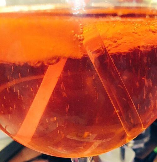 Liquid Lunch Bubbles