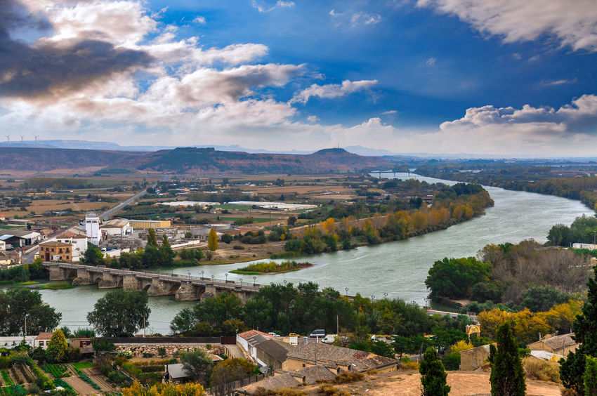 Landscape Cloud - Sky No People Outdoors Nature Aerial View Scenics Autumn Tree Beauty Sky Mountain City Beauty In Nature Spain🇪🇸 Tree SPAIN Tudela Tudela España🇪🇸 Ebro Ebro River Horizon Over Water Day Water