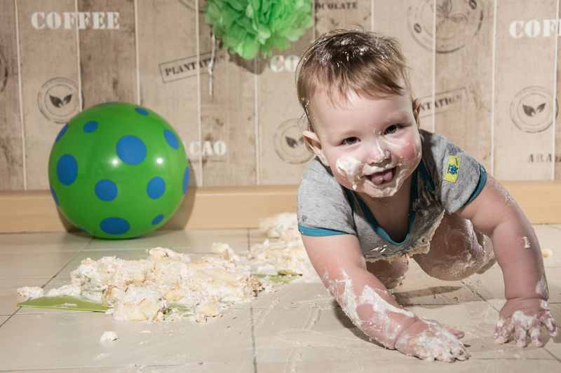 4x4 baby by www.eightTWOeightSIX.de Child Happiness Fun Childhood Smiling One Person Portrait Kitchen Cuteness Adorable Baby Adorable Lovely Cute White Skin Cake Baby Portrait Captured Moment Capture The Moment Children Photography Babyboy Baby Kids Having Fun Erzgebirge Portrait Photography Kids Playing Handmade For You The Portraitist - 2017 EyeEm Awards
