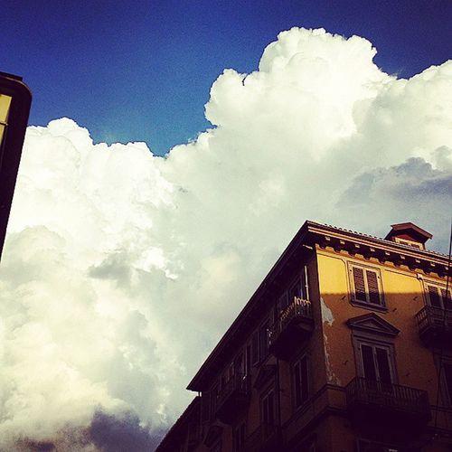 Clouds Whiteclouds Sun Afternoon Pomeriggi Nuovole Madamacrisitna Sanslavario Turi Turinsunset Torinoélamiacittá Whitedreams White