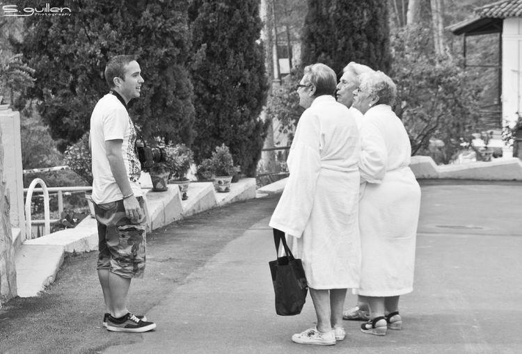 conocer. Taking Photos Enjoying Life Taking Photos Nikon Blackandwhite Photography Nikond300 Photooftheday Happy People People