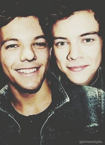 Larry my loveee Larry Stylinson One Direction Smile Happy