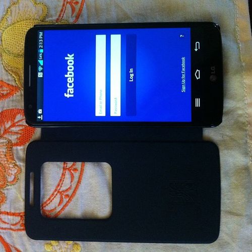 My new phone LG G2!!! Wala pa kz xperia z1.. Haha.. Talong talo GS4 dine. Haha!! LGG2 Walangpira Pulubi TagGutomNaUlit