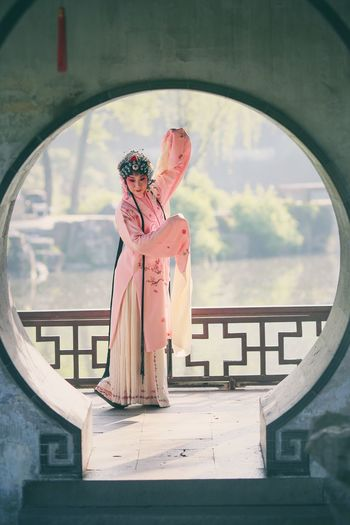 Old-fashioned Human Representation Window Sculpture Operahouse Portrait China Chinese China Photos Popular Photos Only Women Female Likeness One Girl Only OpenEdit Beauty