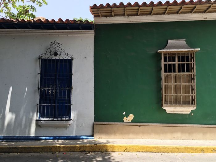 No People Outdoors Day House Window Building Exterior Architecture Built Structure Town Architecture Colonial Architecture Colonial Style Open Door Closed Choroni Choroni_Vnzla Caribbean Architecture