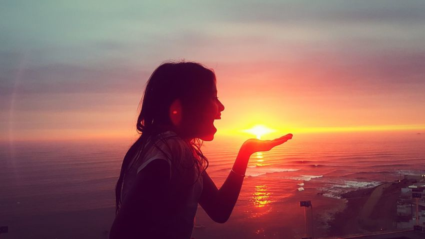 Sunset Beach Beachphotography Lima PuntaHermosa Hija Daughter Daughterlove Sunset_collection One Person Close-up Women