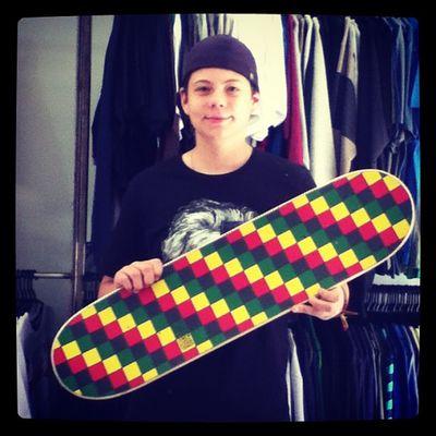 Clientenacompra Shape Superior Love instagram instalove schoolstore skateshop boardshop skate skateboard siga followme follow me