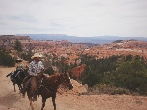 Slow ride, take it easy... Bryce Canyon National Park, Utah. RoadTripxUSA Bryce Canyon Utah