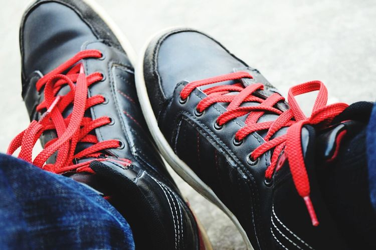 Randomshot Daytoday Pic Coolshoes Red&black Northen Star Coolredlaces Delhi High Of To Moon Distinctly Ahead Peace ✌