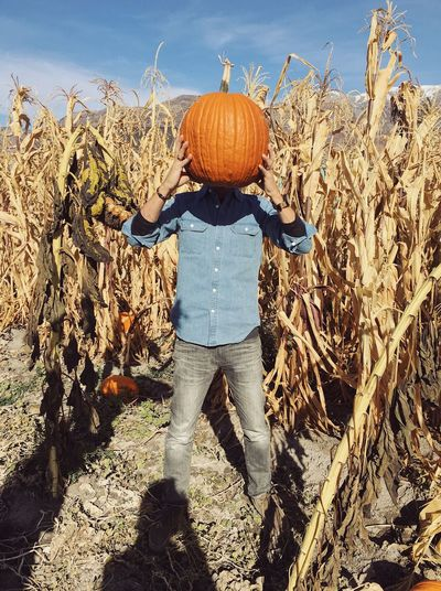 scary over caffeinated pumpkin patch mission 2018. ☕️⚡️🎃 Pumpkin Patch Utah Halloween Wasatch Mountains Sunlight One Person Real People Leisure Activity Lifestyles Day Standing