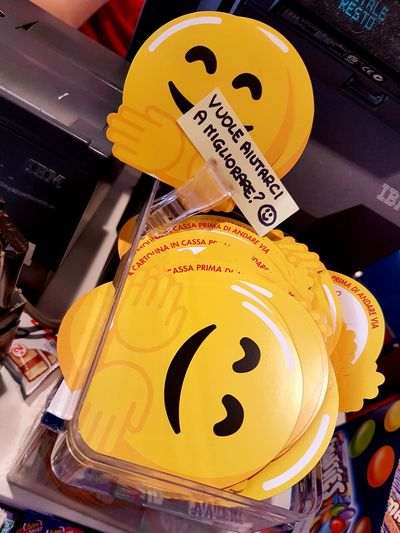 can u help us????? Simplicity Semplicity Symbol Smile Fantasy Bar My Point Of View EyeEm Best Shots My Journey  Help Helpme Giallo Yellow Yellow Color Smiley Face Help Orthographic Symbol Yellow Alphabet Communication Business Finance And Industry Text Journalism Number Savings Warning Sign Stop Sign Information Sign Information Signboard EyeEmNewHere