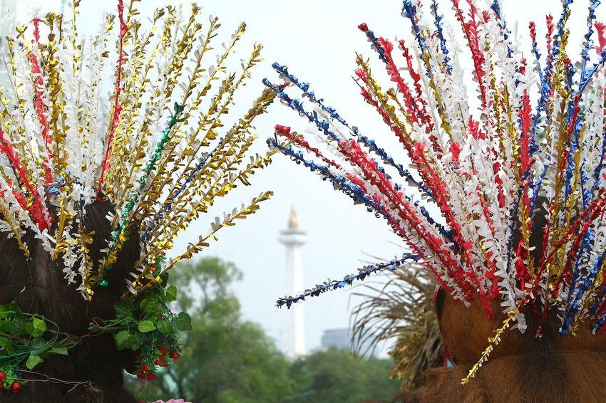 Jakarta Icon..monas Indonesia Traditional Jakartastreetphotography Jakarta Indonesia Betawi Culture Monas Ondel-ondel Ondelondelbetawi Jakarta Jakartastreetphotography Indonesia Culture Indonesia Photography  City Sky