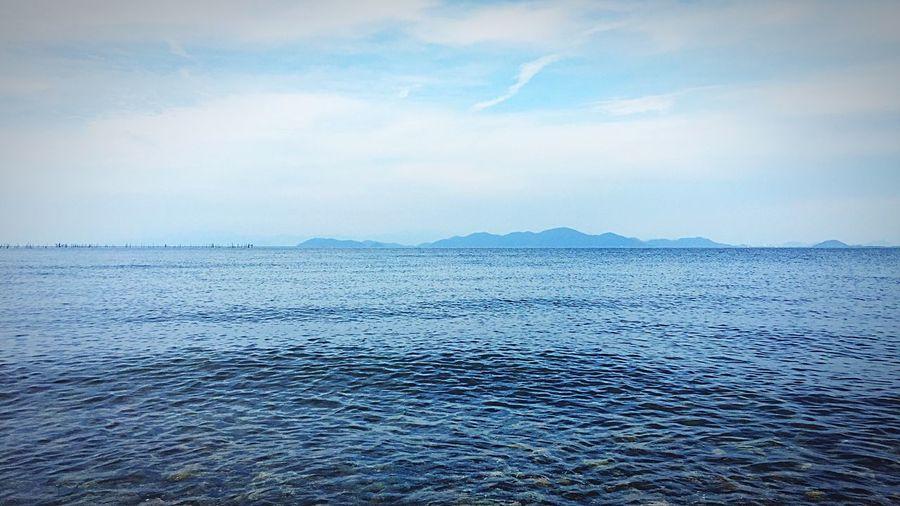 アユにアイにいきましたがアエませんでした・・・ Sea Scenics Tranquil Scene Sky Tranquility Beauty In Nature Nature Rippled Water Outdoors No People Cloud - Sky Day Mountain