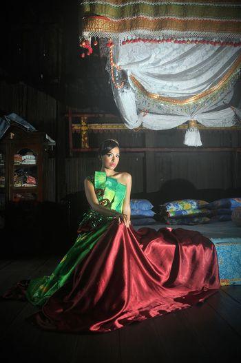 Model Photography Kalsel Rumahbanjar Sasirangan Martapura