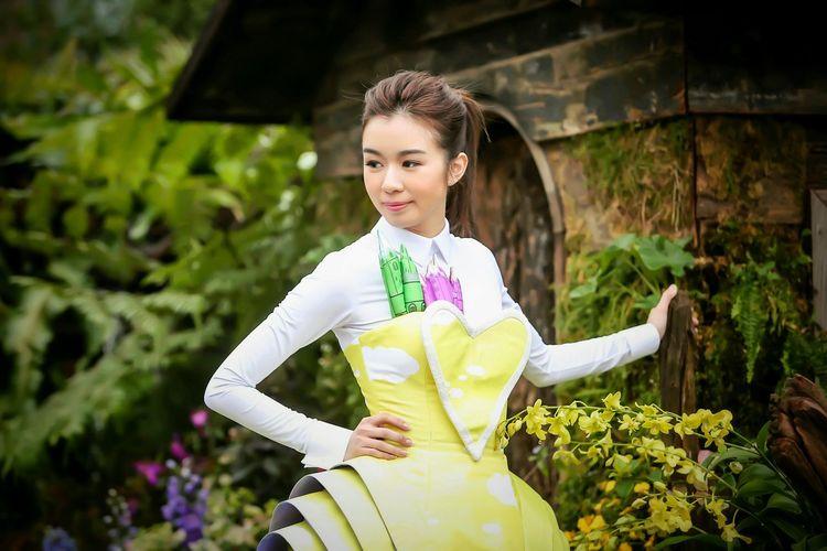 Fairy Tale - 麥明詩 Miss Hong Kong Louisa Mak,Portrait of TVB Artistes & Miss Hong Kong Portrait Of TVB Artistes & Miss Hong Kong Hong Kong Flower Show 2016 Miss Hong Kong TVB Artists Portrait Photography EyeEm Masterclass EyeEm Gallery Women Who Inspire You HongKong