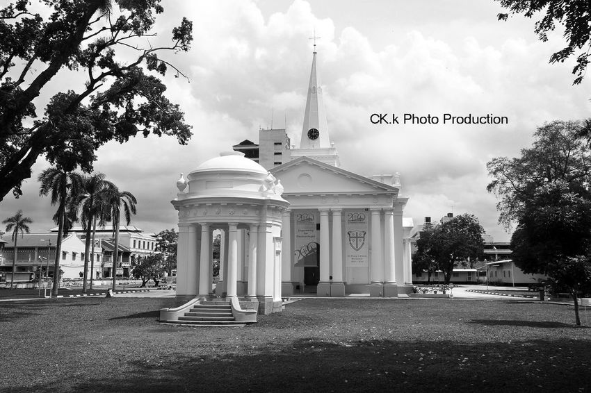 Church Architecture Tree History Cloud Culture Blackandwhite Taking Photos Black And White Photoshoot Photography My Commute Monochrome Photojournalism Blackandwhite Photography Blackandwhitephotography Photography ♥ Pulau Pinang Malaysian Growing Better The Traveler - 2015 EyeEm Awards The Photojournalist - 2015 EyeEm Awards The Photojournalist Street The Traveler-2016 Awards City