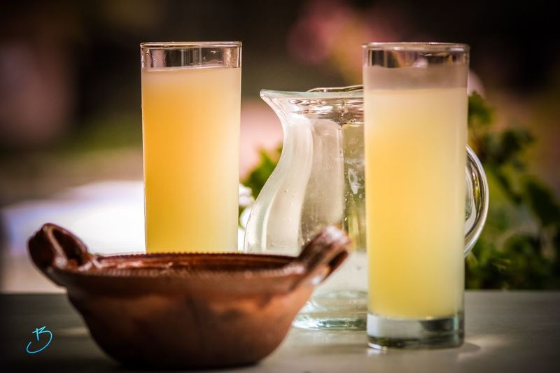 L'apéro jaune Grimaud Pastís Ricard Drinking Glass Glass Household Equipment Food And Drink Drink Refreshment Freshness Table Close-up Focus On Foreground Alcohol Glass - Material Still Life Wellbeing