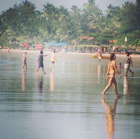 Morgim Beachinindia Beach Swimming Family Friends Fun Weekends Holiday Goa Goatrip Traveldiary Travel Photography Saumendas Dassaumen Saumen Das Sdas Dass Sid Beachlife Swimsuit Bikini People nudebeach
