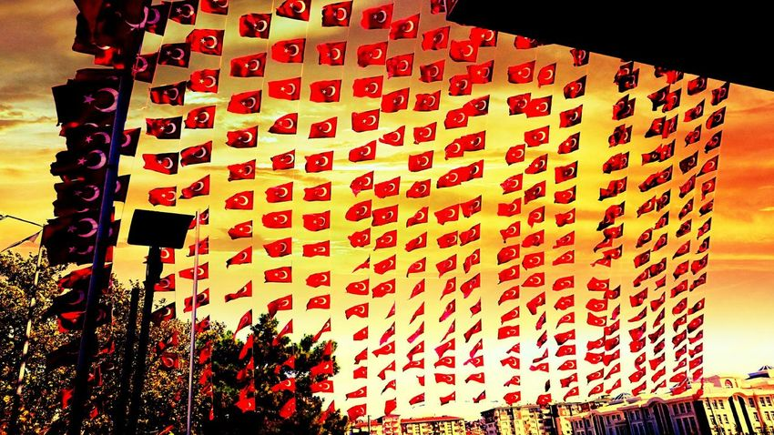 Turkeyflag zor günler BirlikteDahaGucluyuz Türkmilleti Izmit Kocaeli Kocaeliüniversitesi Kocaeli University Sscwashere