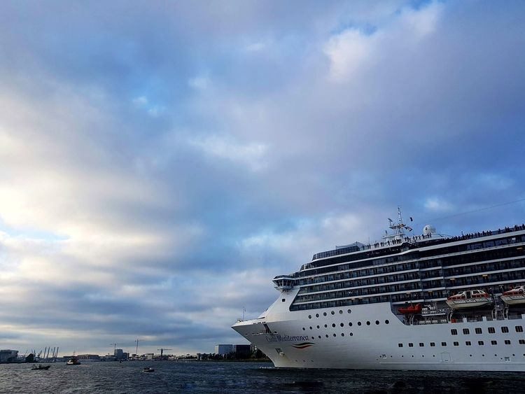 cruiseschip EyeEm Selects Clouds And Sky Water Cruise Ship Passenger Ship