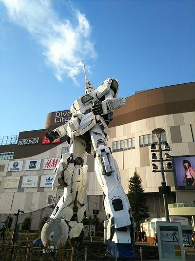 お台場ユニコーンガンダム✨ 写真を撮るのが好きな人と繋がりたい 写真好きな人と繋がりたい カメラ好きな人と繋がりたい キャノン 日本 Photography Camera Canon Japan Gundam Statue Taking Photos EyeEm Best Shots Enjoying Life Sky Day