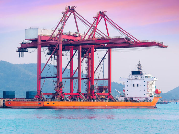 The gantry cranes on board to delivery to new port of thailand.