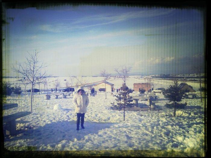 Rosa en Barracas, mucha nieve.