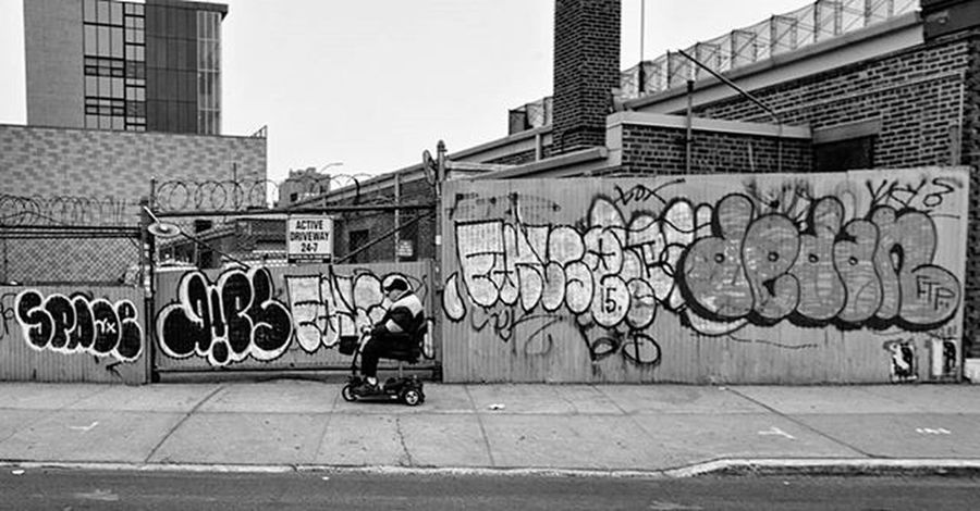Clinton Hill Brooklyn NY Spring 2016 Streetphotography Nycstreetphotography Streetshots Photography Urbanscape Nycgraffiti Graffiti Fillins Throwies Lettering Graffporn Graffiticulture Nyclife Realnyc MonochromePhotography Streetshooter Blackandwhitephotography Streetdocumentary Nycneighborhoods Rawstreetphotography Clintonhill Brooklyn Newyork NYC Ricohgr 28mm ricoh_imaging