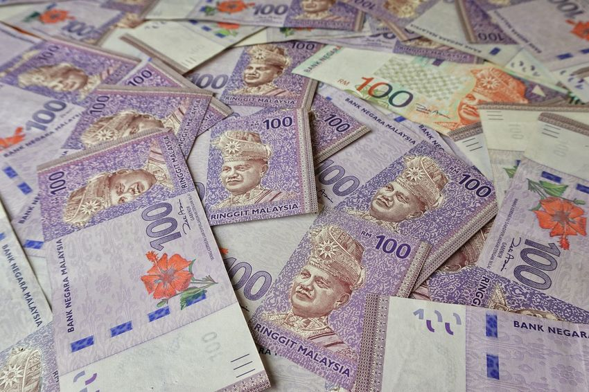 Bank Note HUNDRED 100 Ringgit Malaysia MYR Money Wealth Paper Currency Currency Finance Backgrounds Savings Full Frame Business Indoors  Pattern Close-up