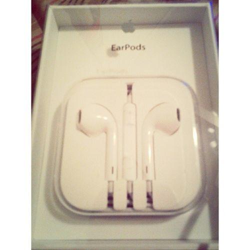 I finally received my new white EarPods from Apple.Apple Earpods White 