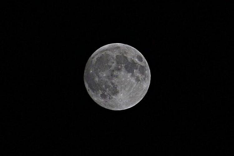 Streetphotography Street Photography Korea D3100 Nikon Vscocam VSCO FoolMoon Moon
