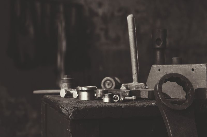 Metal Machinery Machine Part Close-up Focus On Foreground No People Industry Manufacturing Equipment Rusty Factory Work Tool Indoors  Day Werkstatt Werkzeug Lostplaces FerpixeLt