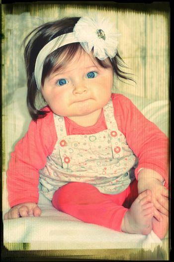 Ma Bébé... Tiya, 6 Mois... Ma Filleule Qui Manque Beaucoup Trop à Sa Tata... Il Va Falloir Y Remedier...