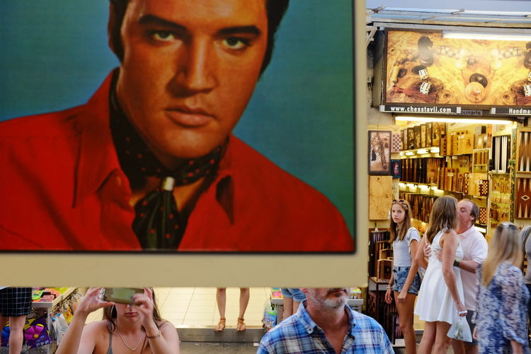 Artist Athens Flea Market Athens, Greece Candid Photography City Life Colorful Day Elvis Elvis Presley Famous Lifestyles Lp Cover People Person Person Taking Pictures! Photography Portrait Presley Shop Showcase July Singer  Street Street Photography Tourists