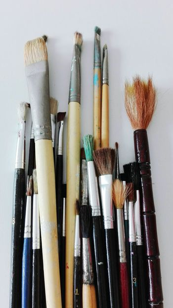 Indoors  Variation No People Large Group Of Objects Choice Arts Culture And Entertainment Close-up Day Brushes Paint