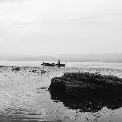 First Eyeem Photo Philippines Batangas Taal Lake Tanauan Philippines Blackandwhite Black And White Banana Boat Filipino New Talent