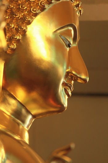 Art And Craft Close-up Craft Creativity Female Likeness Focus On Foreground Gold Gold Colored Human Representation Indoors  Jewelry Luxury Male Likeness Metal No People Ornate Representation Sculpture Shiny Side View Single Object Statue