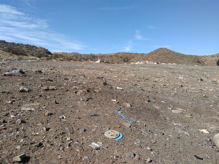 Barren lands at a dump site. Dump Desert Arid Climate Sky Scenics Pollution Evolution Pollution In My World Pollution Garbage Garbage Collection Ice Age Free State South Africa End Plastic Pollution Plastic Environment - LIMEX IMAGINE
