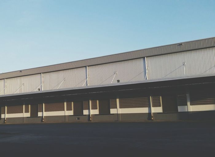 Architecture Warehouse Built Structure No People Industry Factory Building Exterior Day Modern Metal Industry Agriculture Sky Nature Outdoors Logistics Logistic Logistik Logistica Logistics Service Logistic Cargo Sea Transport Loading Dock Docks Loading Dock Loading Bay