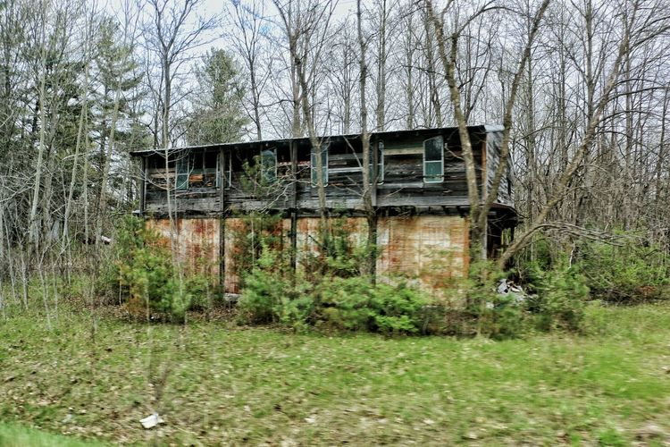 Abandoned In The Woods Indiana Lafayette Roaming Countryside Cold Spring Great Views Scavenger Geometry
