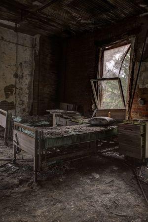 Abandoned hospital Rustbelt Abandoned Places Abandoned Hospital Asylumseekers Abandon_seekers EyeEm_abandonment Urbex Urban Exploration Fuzed_fotos Architecture Decay Exploring ExploreEverything