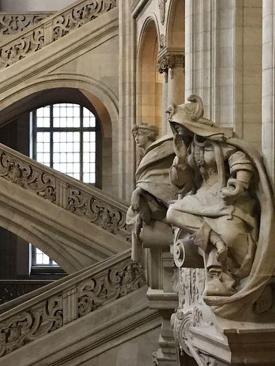 Sculpture Statue Architecture Kriminalgericht Moabit