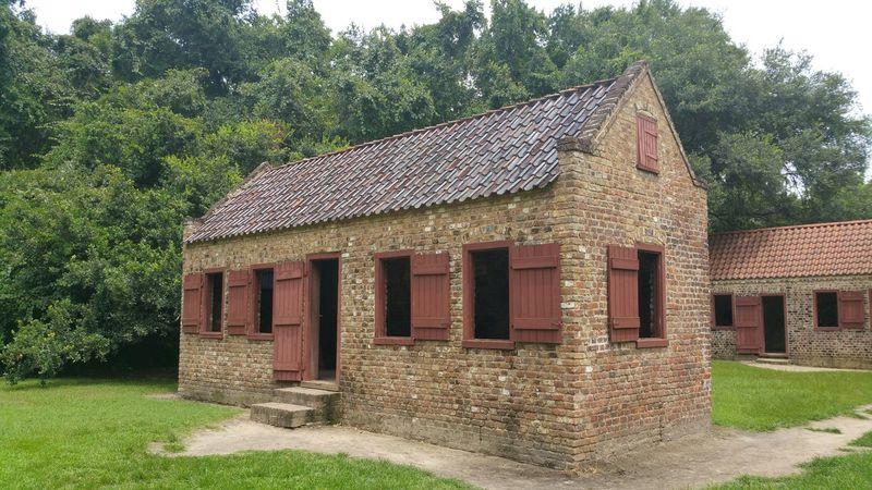 Boonehallplantation Plantation Slavery Slaves Slaves House Charleston Southcarolina Civil War Notes From The Underground Brickhouse